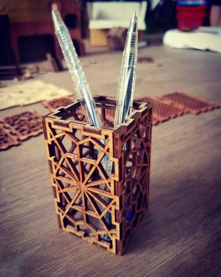 hộp bút ghép gỗ lưu niệm akz.vn 01
