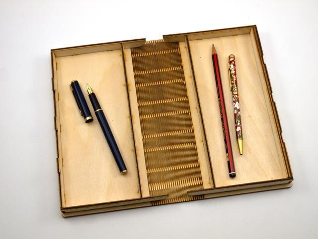 Pen Box   010