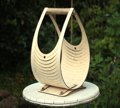 Teardrop Log Basket ​